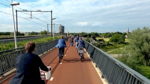 Biking the Arnhem-Nijmegen Cycle Superhighway